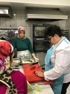 Düşük-Gelirli-Ev-Kadınlarını-İş-ve-Gelir-Sahibi-Yapma-Projesi-2